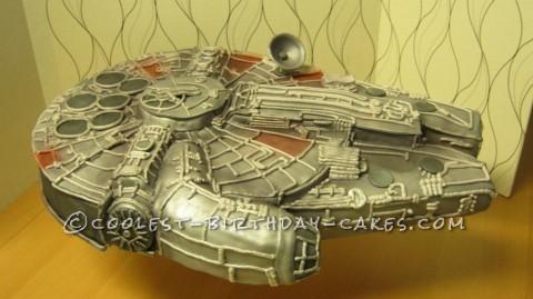 Coolest Star Wars Millennium Falcon Cake