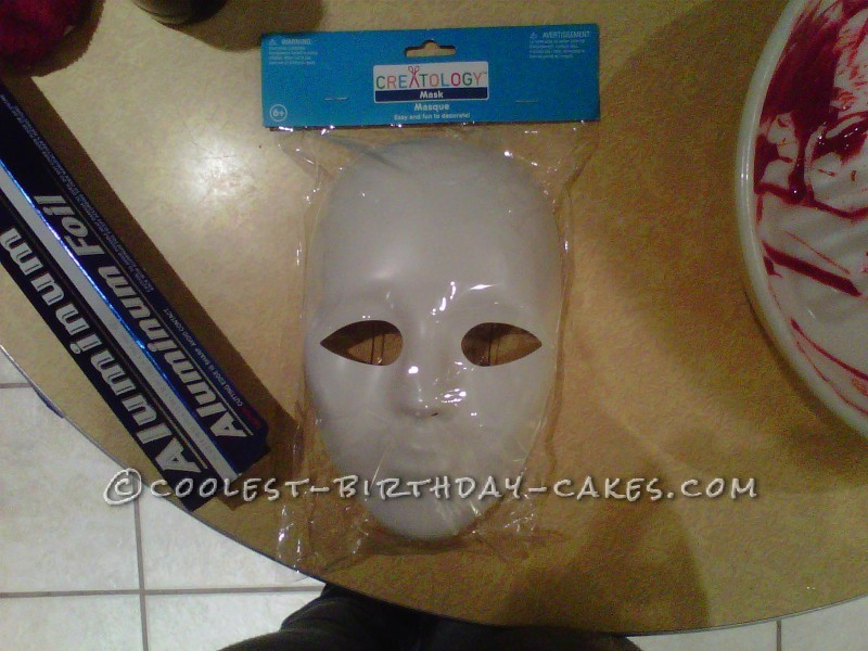 The plastic mask used to form the facial area