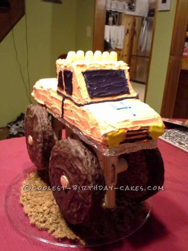 Cool 3D Monster Truck Cake