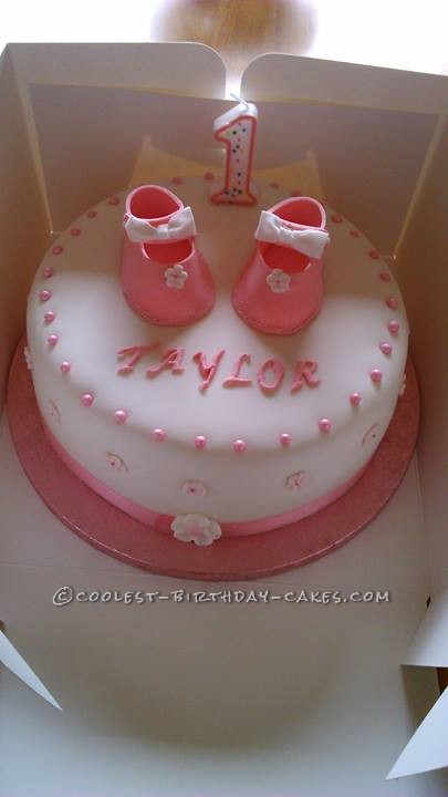 I Was Asked By My God Daughter To Make A Cake For Her Babys First Birthday She Wanted One With Baby Shoes On It Had Find Template