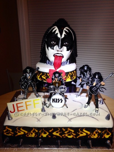 Coolest Kiss/ Gene Simmons Cake