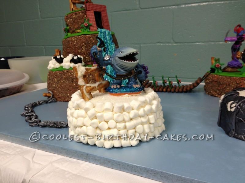 Coolest Skylanders Giants Cake