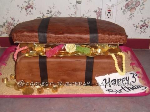 Coolest Treasure Chest Cake