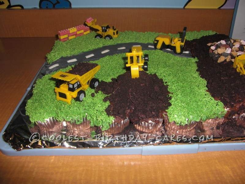 Easy Construction Site Cake