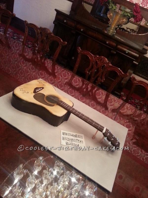 Cool Guitar Cake