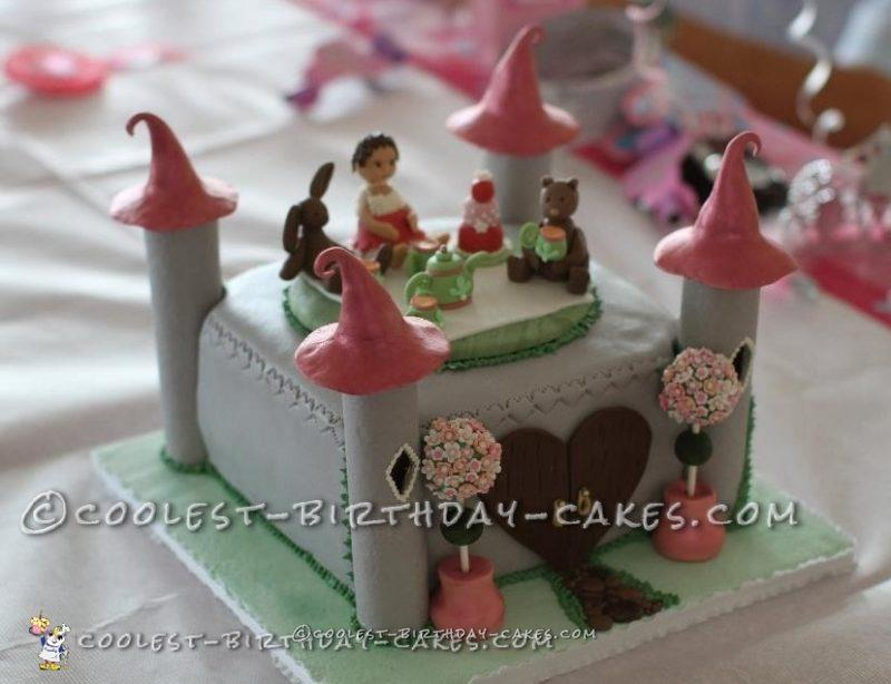 Grace's Castle Birthday Cake with Friends