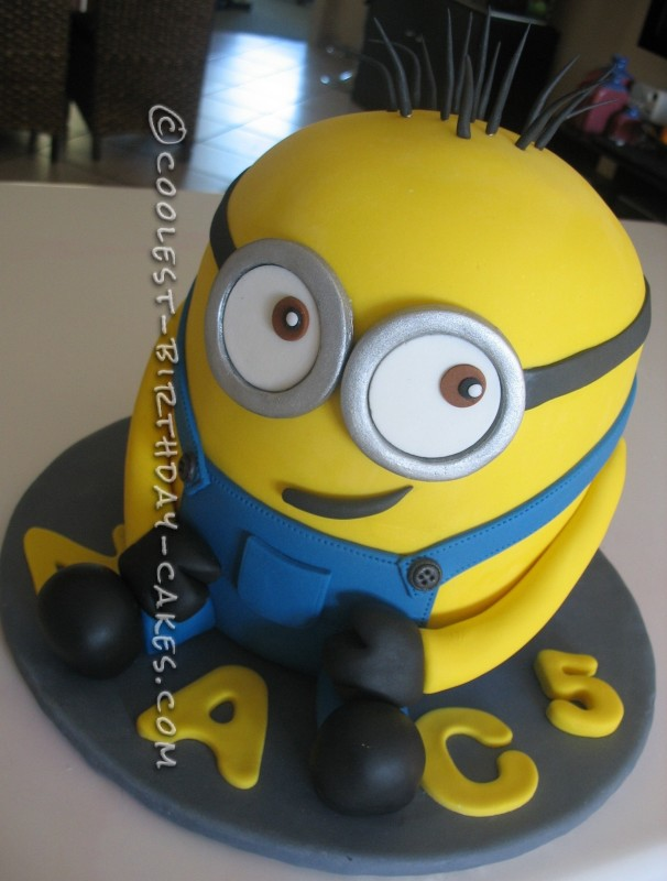 Swell Coolest Homemade Despicable Me Cakes Funny Birthday Cards Online Inifofree Goldxyz