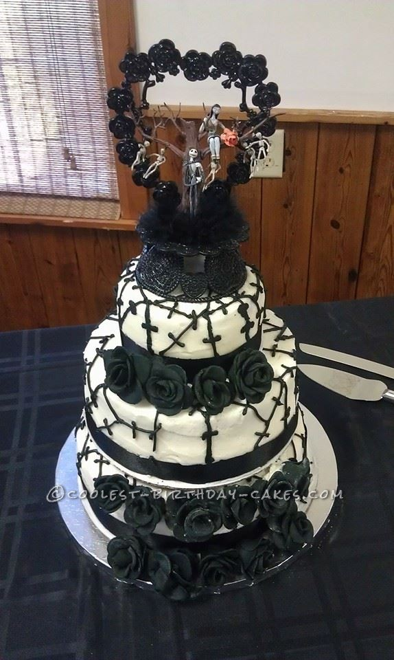 cool nightmare before christmas wedding cake - Nightmare Before Christmas Wedding Decorations