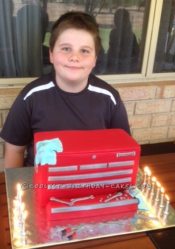 Coolest Sidchrome Tool Box Cake