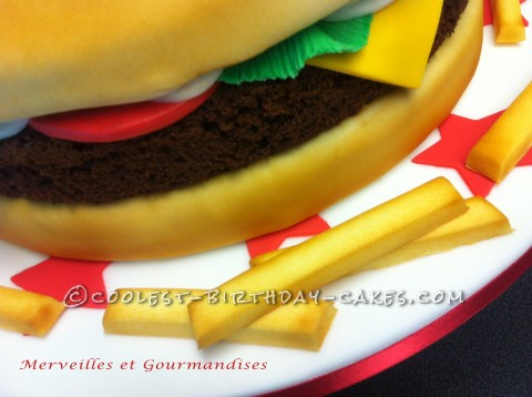 Cheese Burger cake and chips