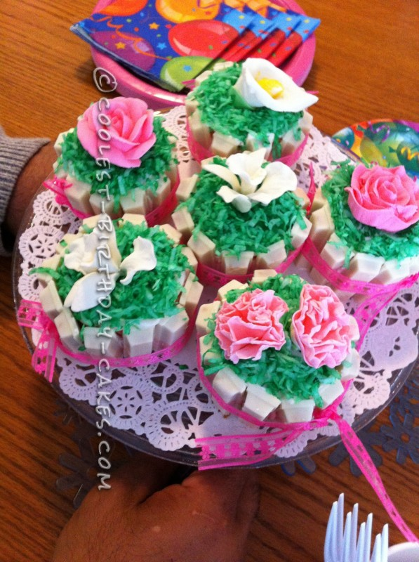 Coolest Flower Cupcakes
