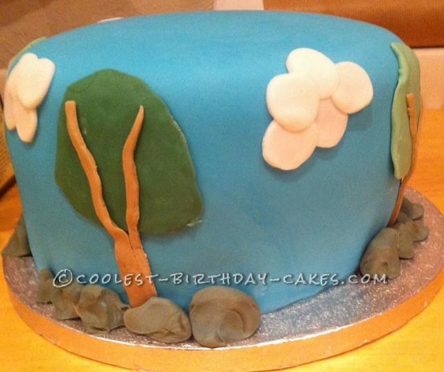 Coolest Thomas the Tank Cake - 2