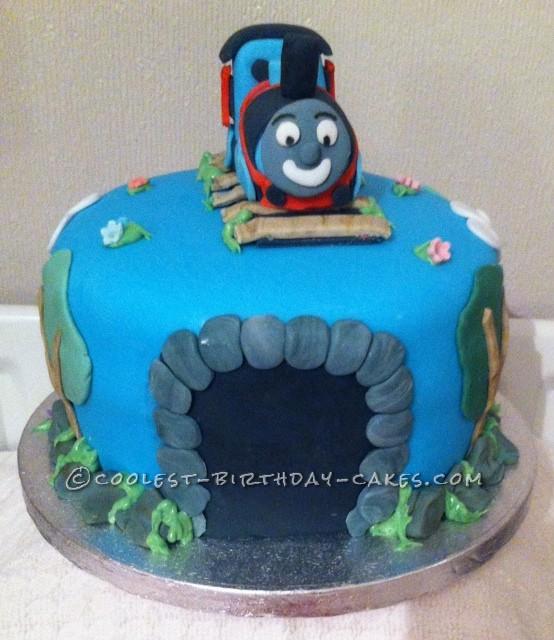 Coolest Thomas the Tank Cake - 3