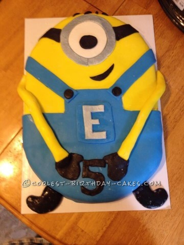 Minion cake for a5 yr old