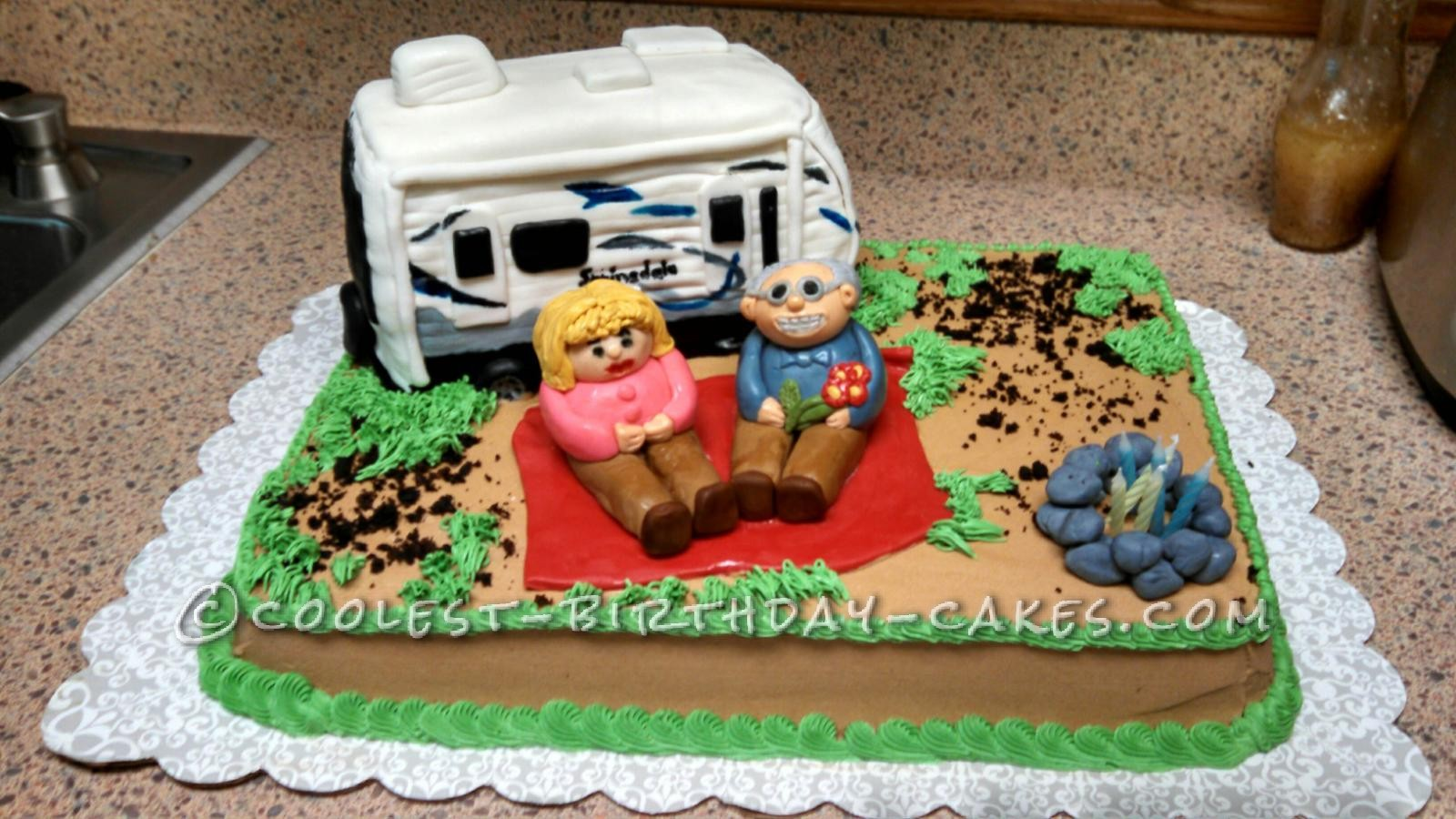 Cool RV Camper And Camping Cake