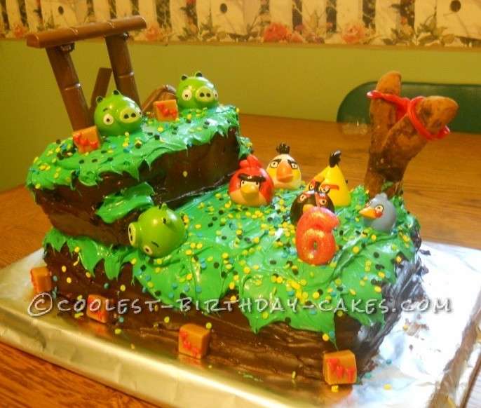 Superb Averys Cool Angry Birds Birthday Cake Funny Birthday Cards Online Overcheapnameinfo