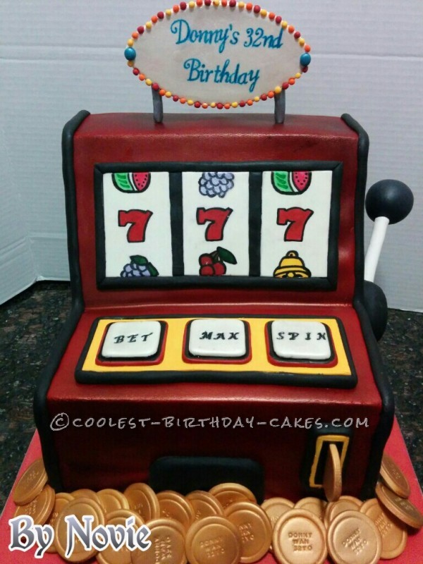 Slot Machine Picture of Cake