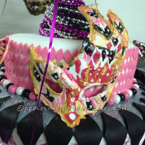 close up of Mask after I painted and put onto cake