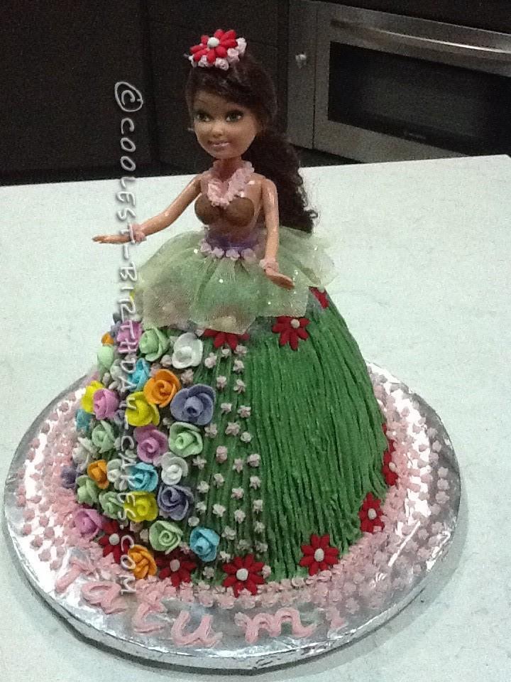 Coolest Hula Girl Cake