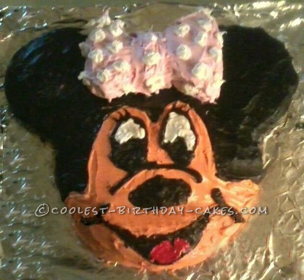 Cool 2nd Birthday Minnie Mouse Cake