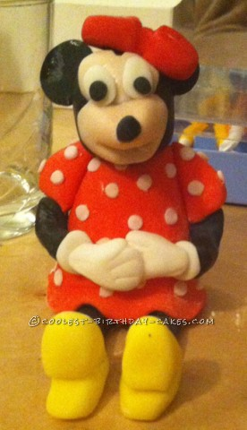 Cool Homemade Minnie Mouse 2nd Birthday Cake