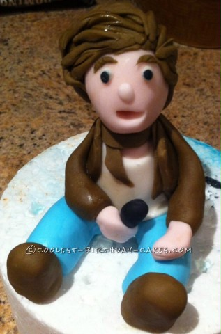 Harry Styles on One Direction Cake