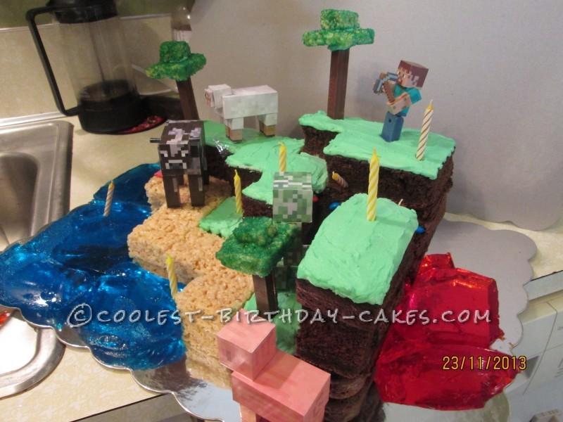 It-Has-It-All Minecraft Cake