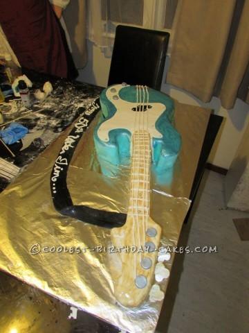 Cool Fender Precision Bass Guitar Cake