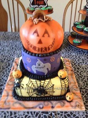 Cool Homemade Halloween Cake