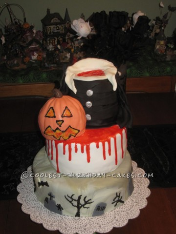 Coolest Headless Halloween Cake