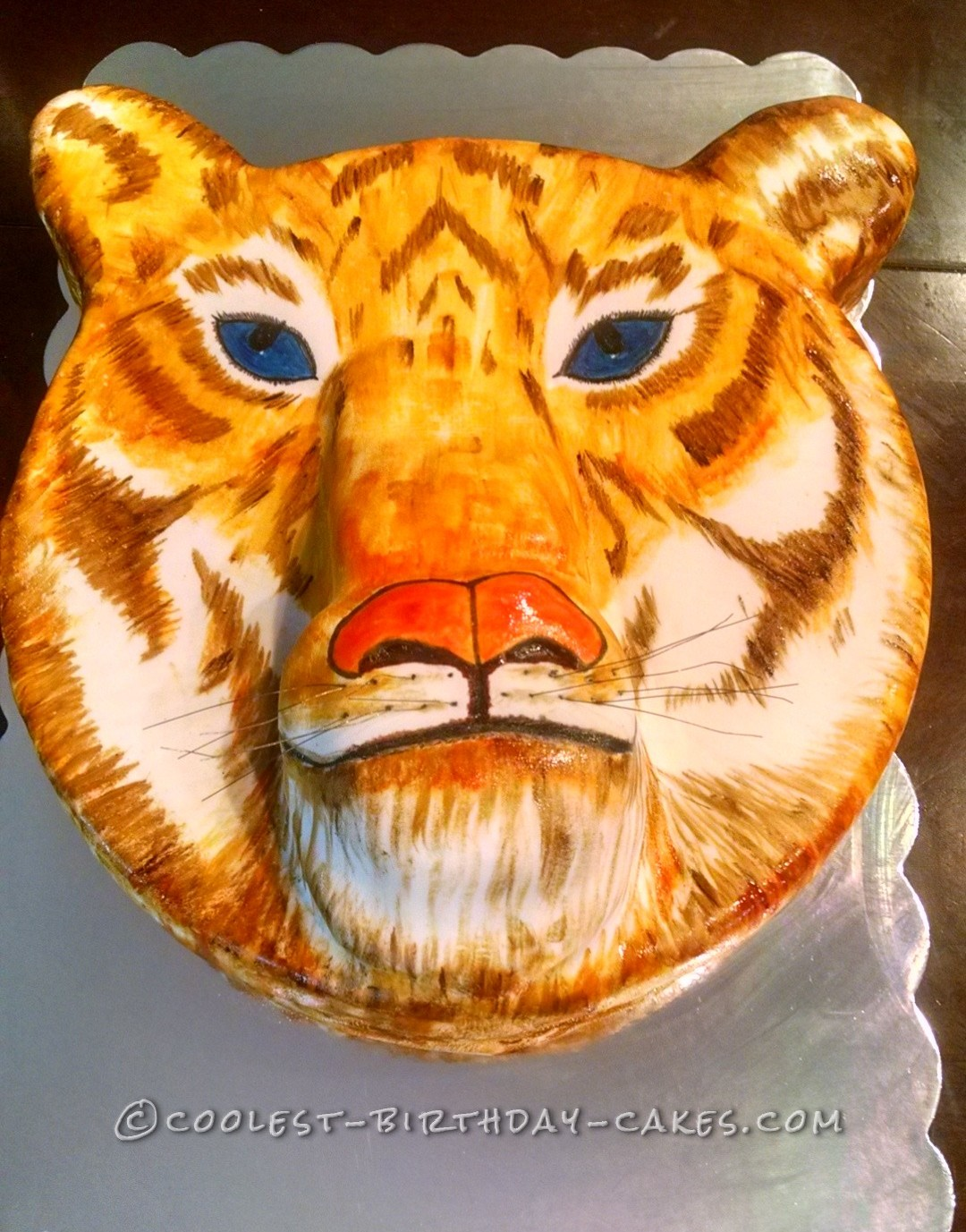 Coolest Hand-Painted Tiger Cake