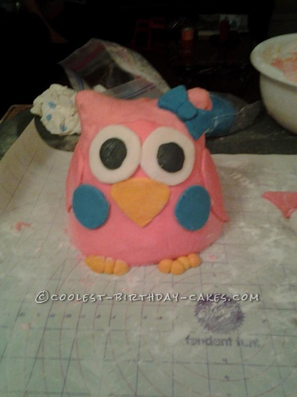 Owl Cake - My First Attempt at Using Fondant
