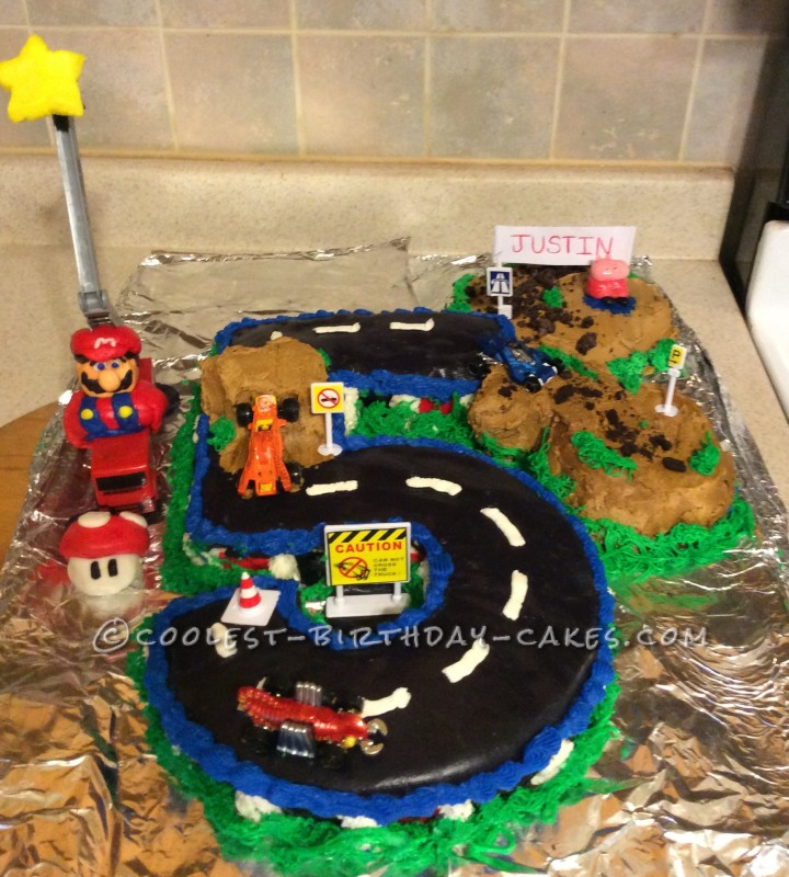 Cool Homemade Race Car Track Cake