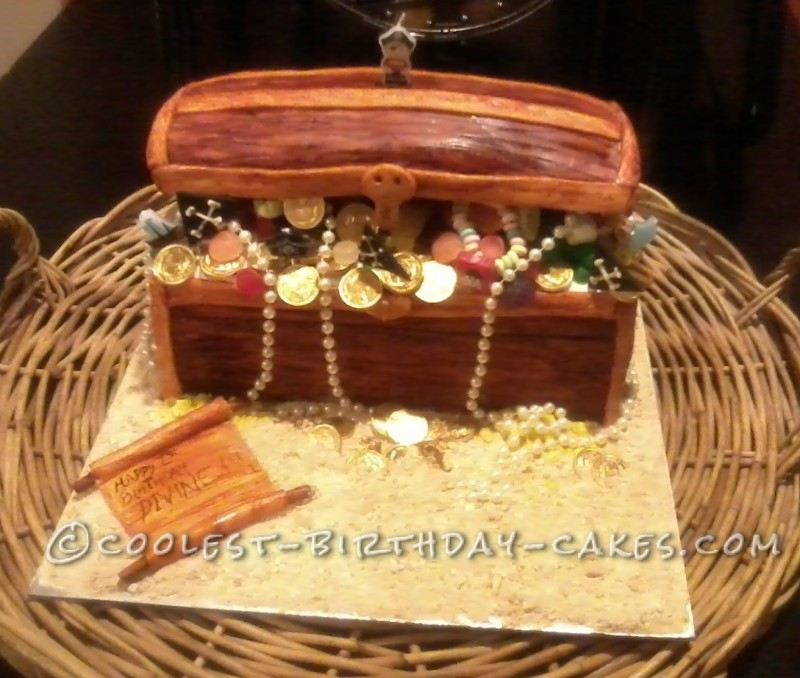 made this treasure chest cake for my nephew's 1st birthday the ...