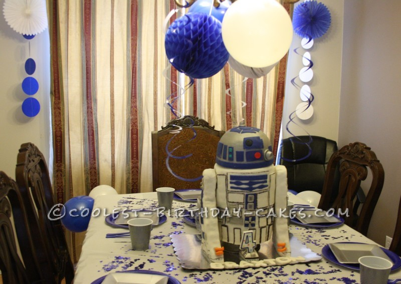 Coolest 4th Birthday R2D2 Cake