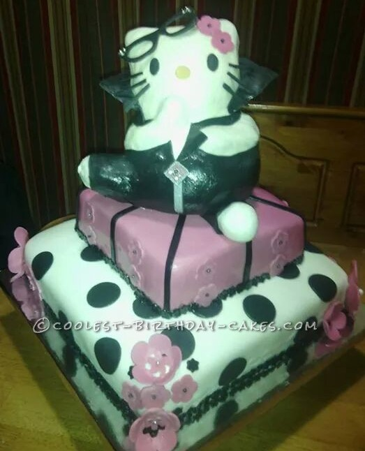 Sensational 100 Coolest Hello Kitty Cake Ideas And Diy Cake Decorating Tips Personalised Birthday Cards Cominlily Jamesorg