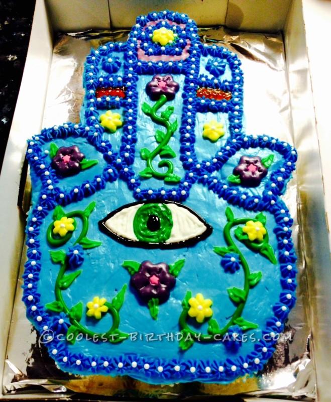 Hamsa cupcake/cake