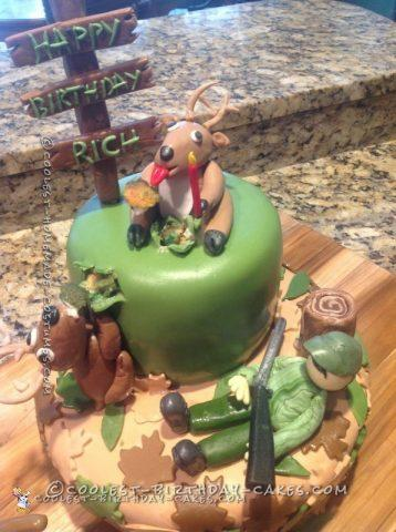 Hunter Gets a Surprise Deer Hunting Cake
