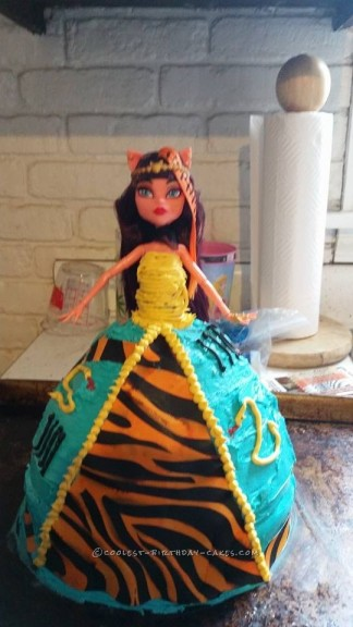Monster High Cleolei Cake