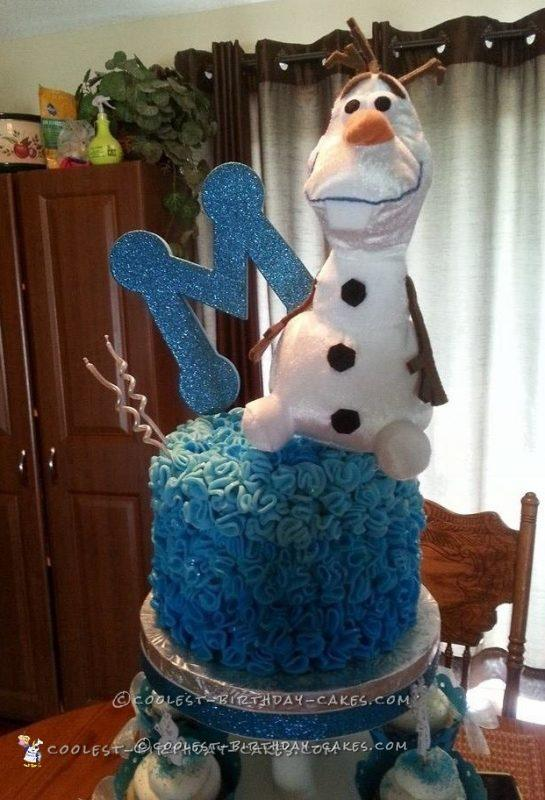 Coolest Frozen Olaf Cake
