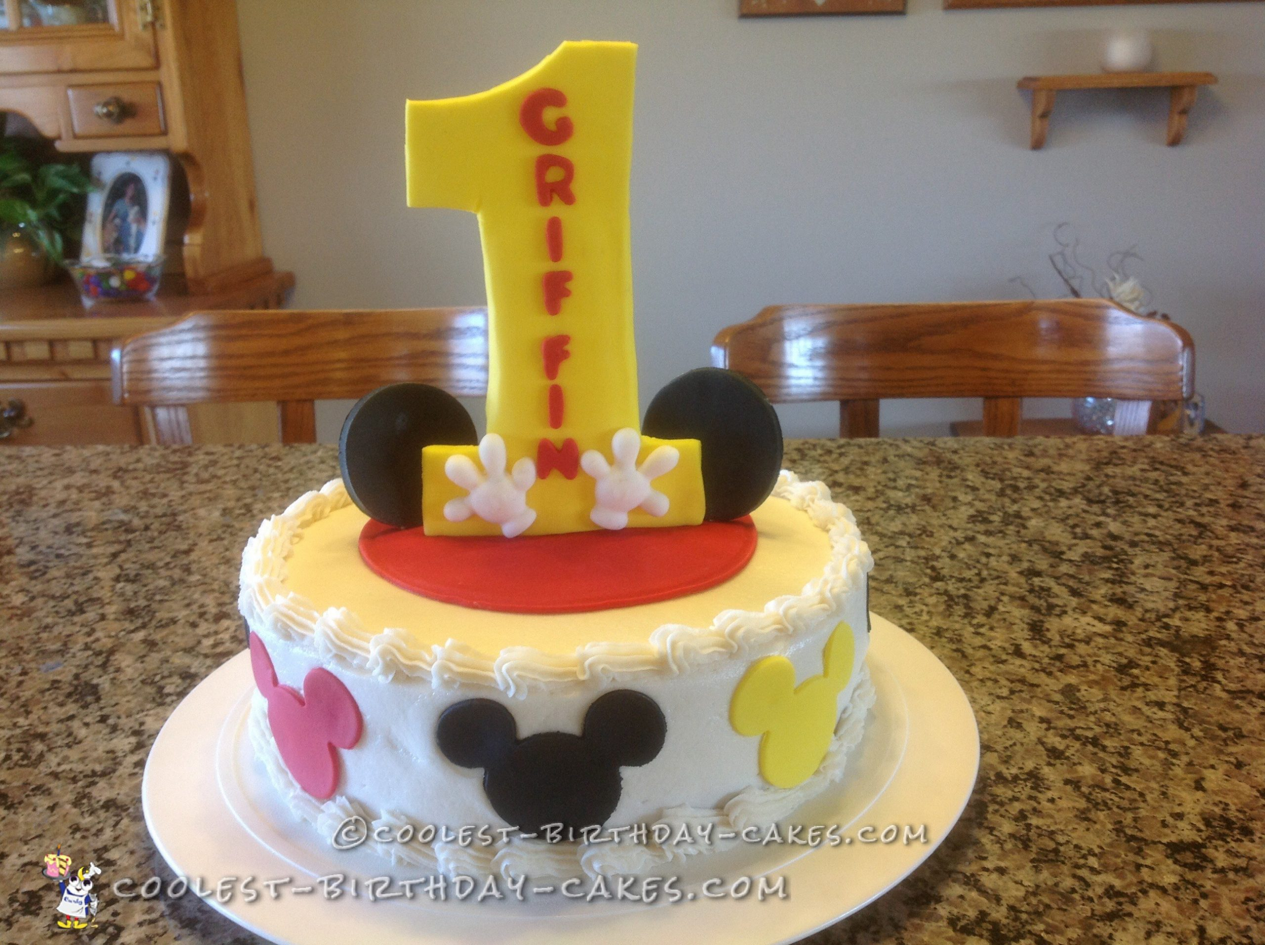 Last Minute Mickey Mouse Cake