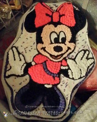 Easy Minnie Mouse Birthday Cake