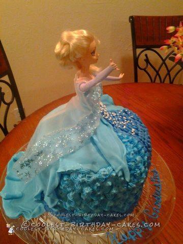Coolest Elsa Dress Cake
