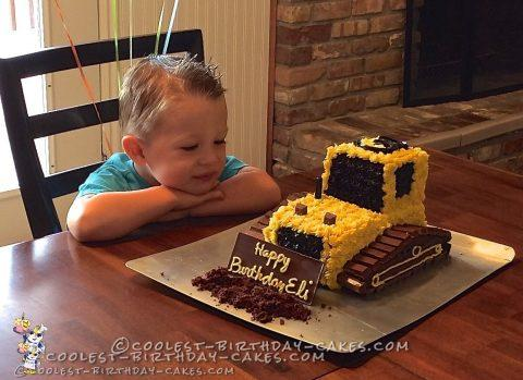 Fabulous Coolest 3Rd Birthday Bulldozer Cake Personalised Birthday Cards Beptaeletsinfo
