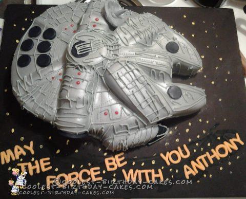 Millennium Falcon Star Wars Cake
