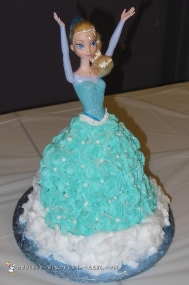 Coolest Frozen Queen Elsa Cake