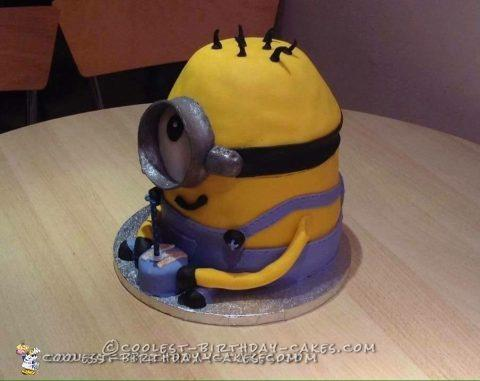Magnificent Minion Birthday Cake