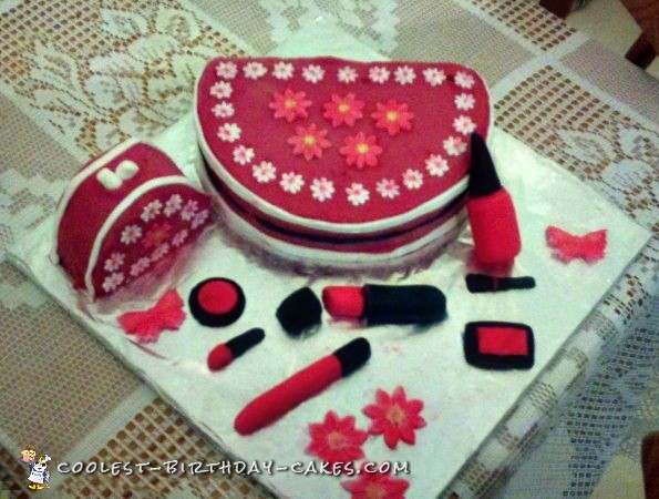 Coolest Makeup Cake with Case and Cosmetics