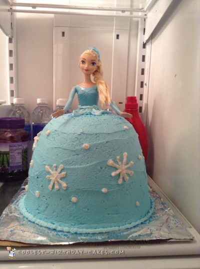 Beautiful Elsa Doll Cake