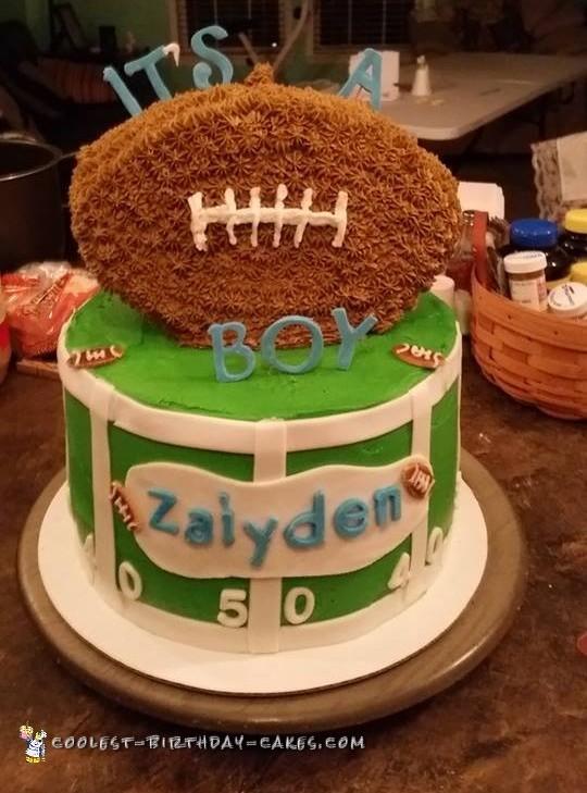 Cool Football Field Cake
